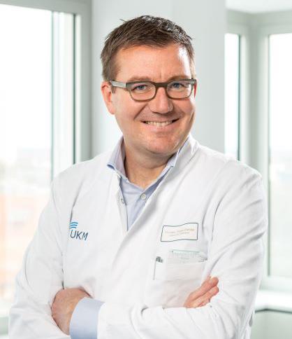 Portrait: Dr. Florian Reinke