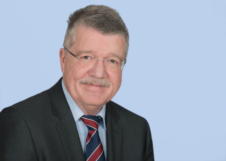 Porträt: Prof. Dr. Andreas Markewitz, Herzchirurg und Sekretär der Deutschen Gesellschaft für Thorax-, Herz-und Gefäßchirurgie e.V.