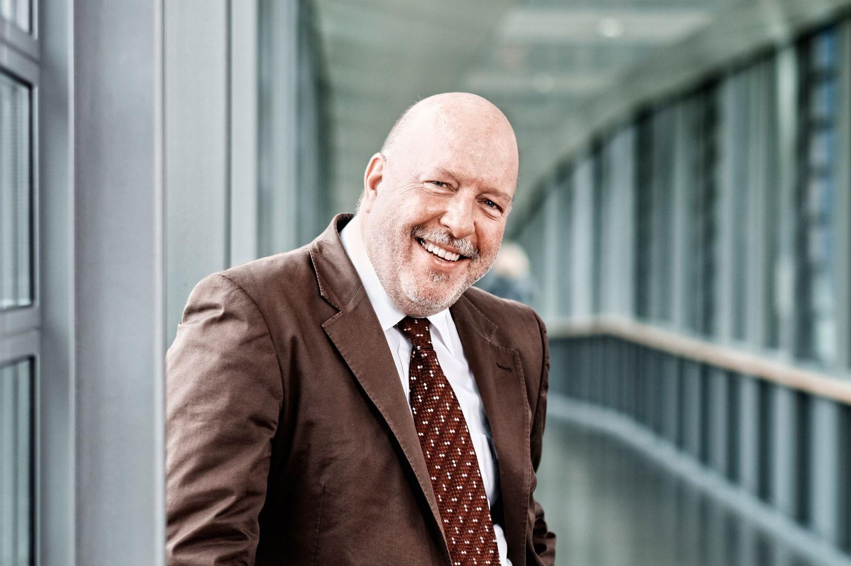 Porträt: Prof. Diethelm Tschöpe, Vorsitzender der Stiftung DHD